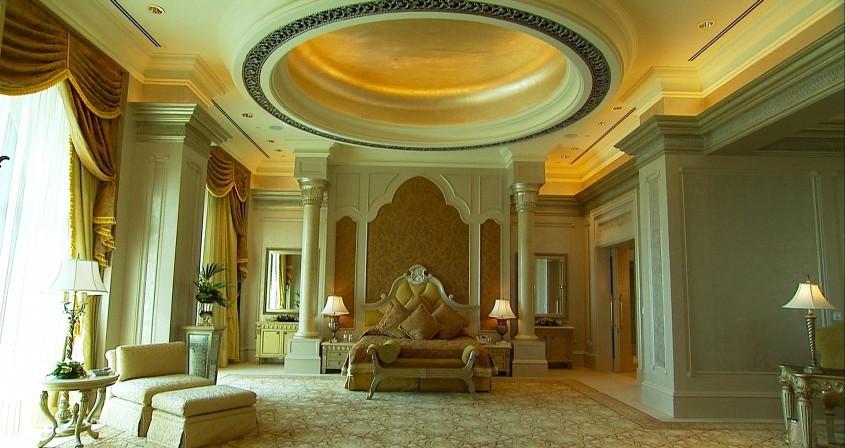 10 khách sạn dát vàng đắt nhất thế giới