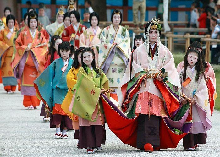 sự độc đáo của lễ hội Aoi Matsuri hn
