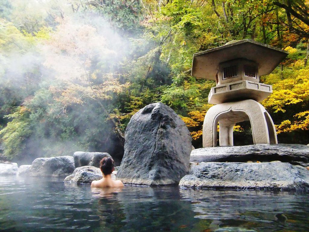 suối nước nóng hoàn toàn tự nhiên để thư giãn thoải mái hn