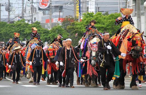 lễ hội ngựa trả ơn mùa vụ ở Nhật Bản hn